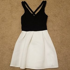Express cupcake dress, with crisp cross open back